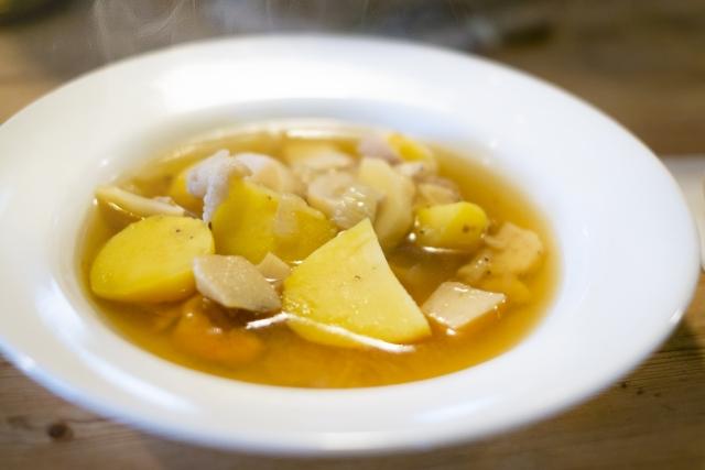 カルボナーラにもう一品合うおかずやスープ