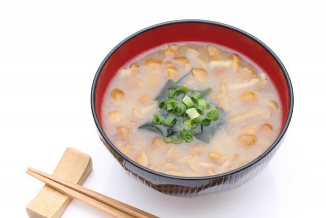 鶏レバーの甘辛煮に合うおかずやスープは?もう一品ほしいときの献立例!