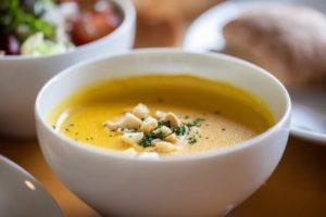 焼きなすの付け合わせに合うおかずやスープは?もう一品ほしいときの献立例!