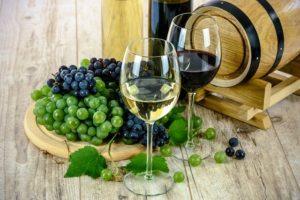 ワインに合うお菓子やおつまみは?ワインを含めた献立例も考えてみた!