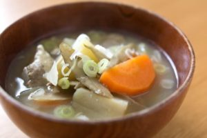 サバの塩焼きの付け合わせに合うおかずやスープは?もう一品ほしいときの献立例!