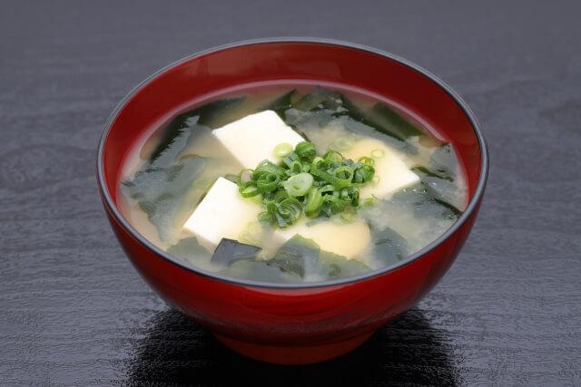 上沼恵美子のおしゃべりクッキング「豆苗と豚肉の梅和え」レシピ・付け合わせ